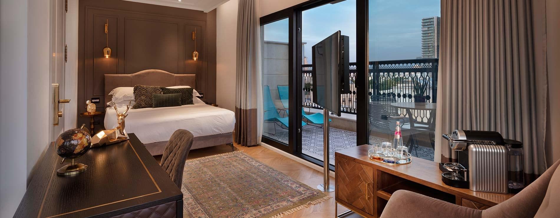מתקנים ושירותים- מלון ג'ייקוב סמואל תל אביב